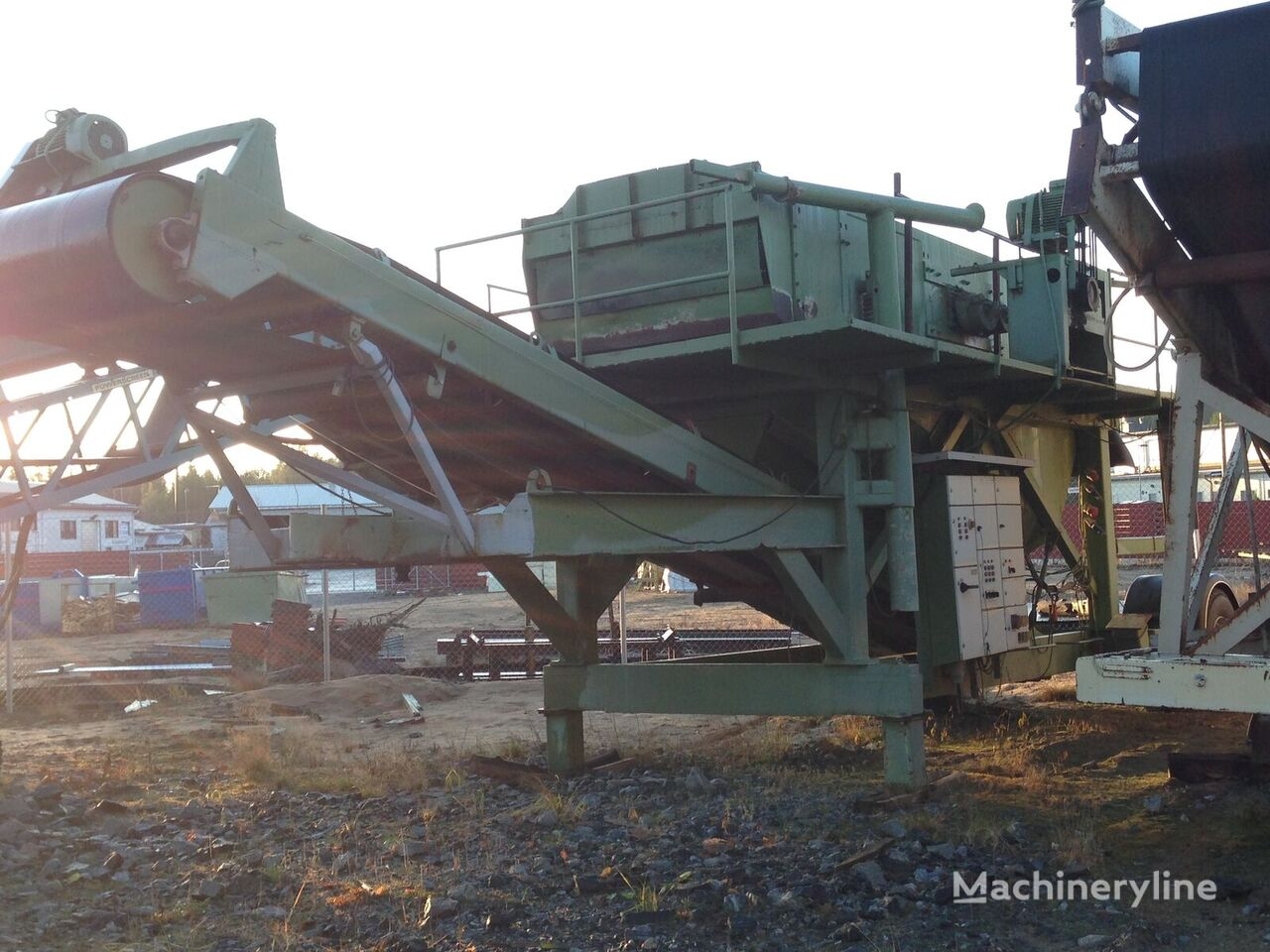 Screen – wheelmounted Morgårdshammar FHP 1848/2 vibrating screen