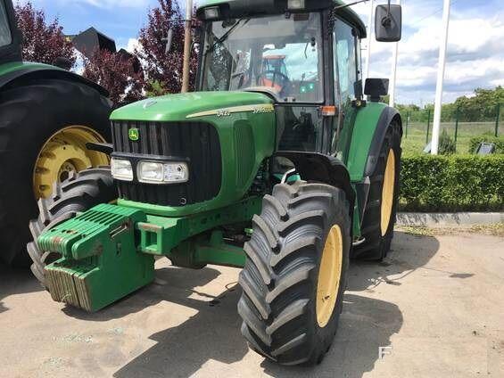 JOHN DEERE 6420 wheel tractor