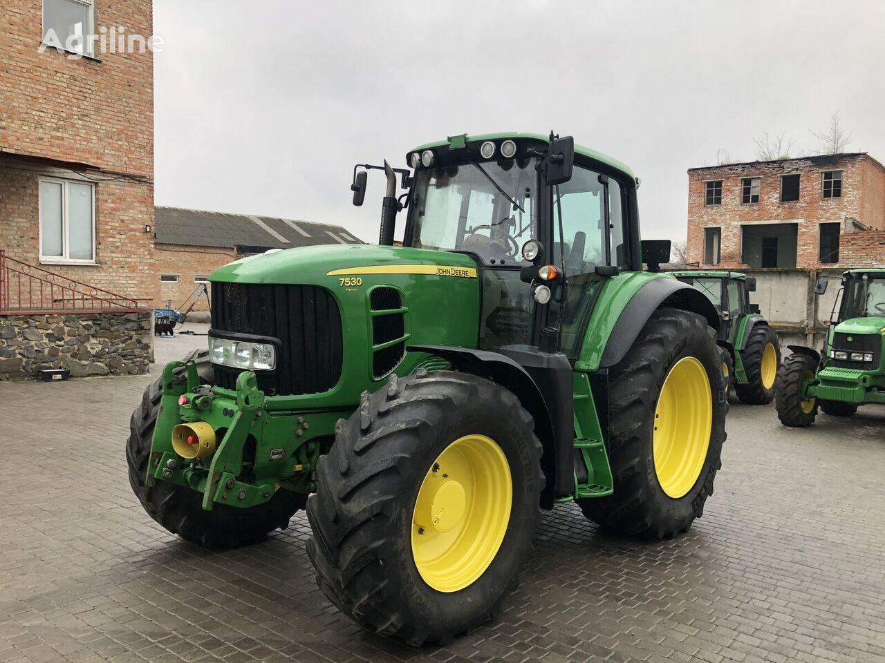 JOHN DEERE 7530 wheel tractor