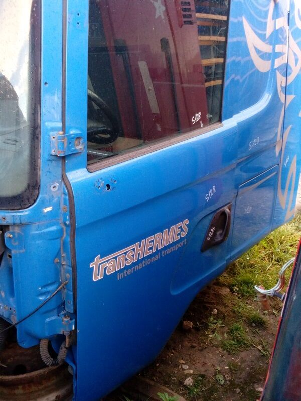 SCANIA door for SCANIA P G R T-series (2004-) truck