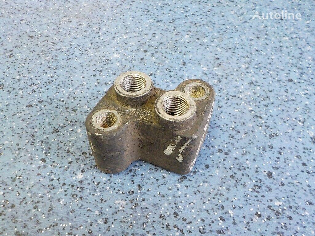 Soedinitelnyy flanec (1315312063) fasteners for MAN truck