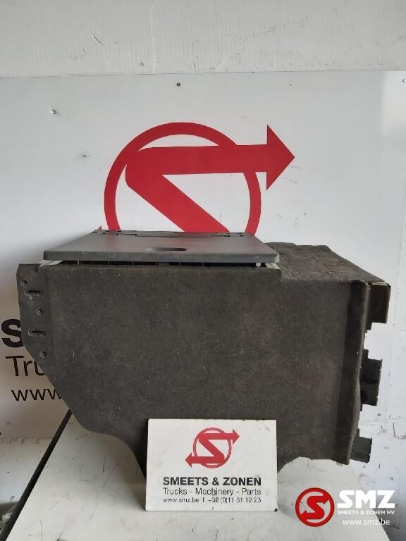 MERCEDES-BENZ Occ Gereedschapskoffer/materiaalkist links Actros (9438400506) other cabin part for truck