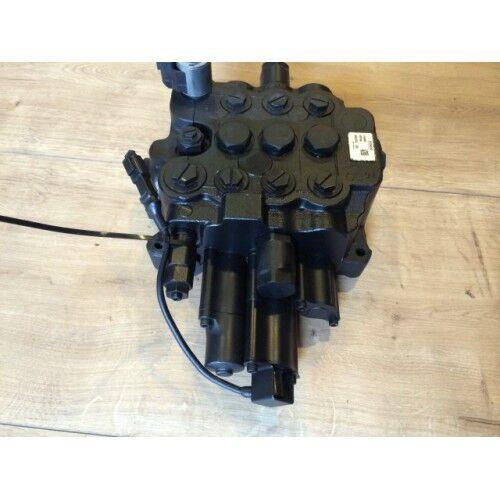 Raspredelitel gidravlicheskiy spare parts for JCB 3CX, 4SH backhoe loader