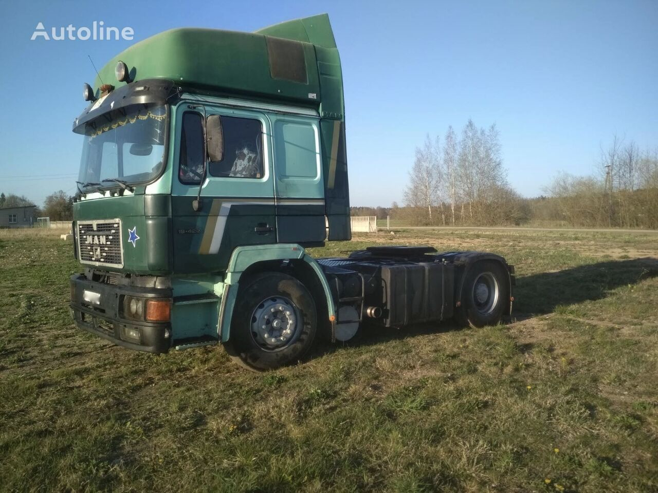 MAN 19-422 tractor unit