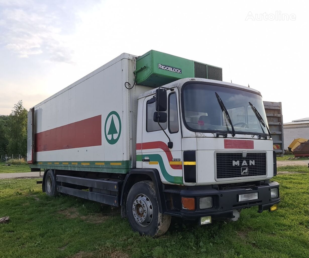 MAN 18.232 refrigerated truck