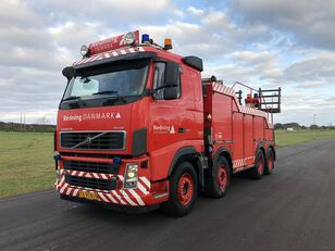 VOLVO FH12 tow truck